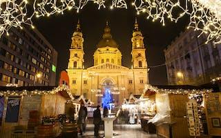 Opplev julemarkedet i Budapest