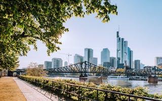 Frankfurt reiseguide - de beste tipsene til ting å oppleve