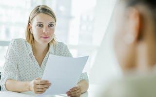Bruk tid på å lage en god CV. Dette er potensielle arbeidsgiveres første møte med deg.