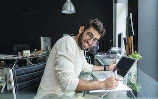 Oppdatere CV-en? Disse 4 tingene må du ha med!