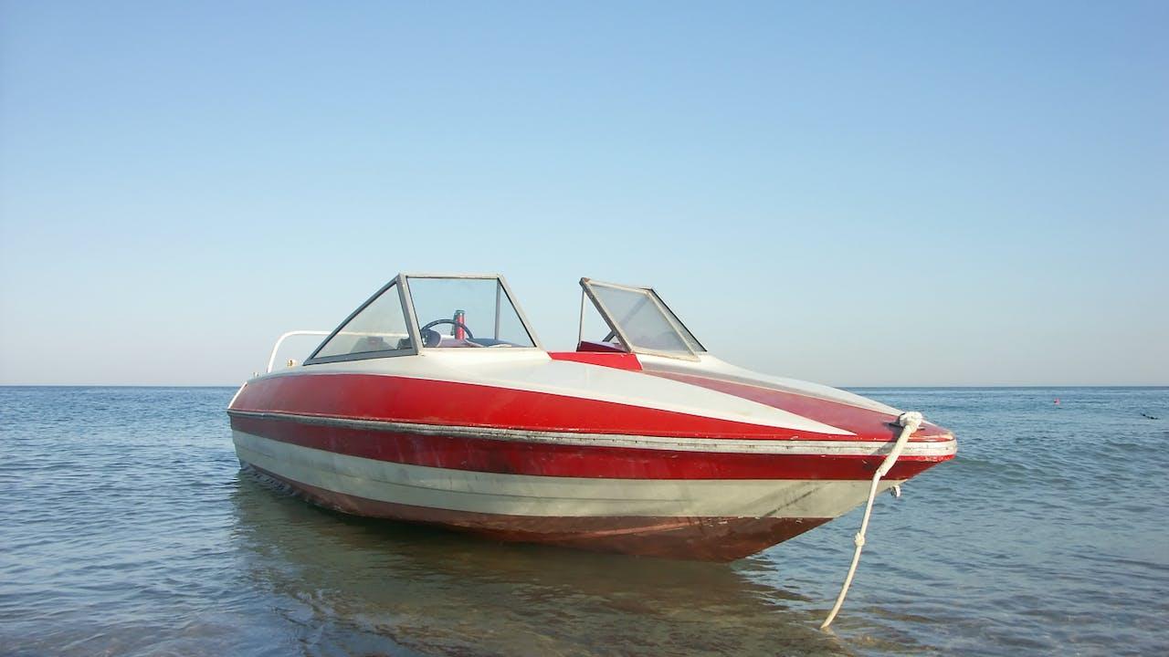 Båtreparatør: - Mange oppdager ikke disse feilene før de kjøper brukt