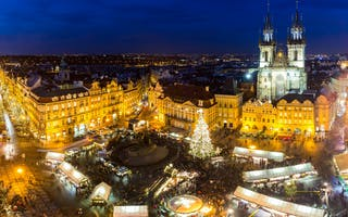 Opplev Prahas magiske julemarked