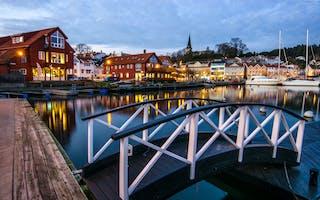 Kveldsstemning i Grimstad havn - Foto: Getty Images