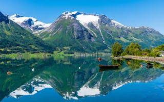Stryn - reisetips til skiferie sommer og vinter