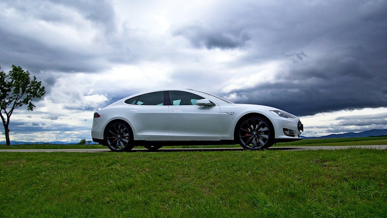 Tesla - elbilvisjonen som ble virkelighet