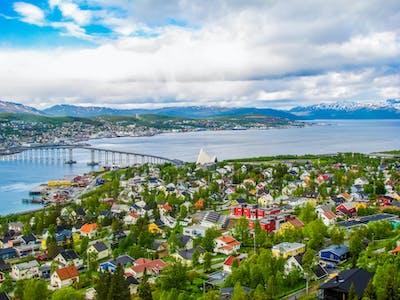Troms%C3%B8-ishavsbyen-hoved.jpg?auto=compress%2Cformat&crop=focalpoint&domain=finn-content-hub.imgix.net&fit=crop&fp-x=0.5&fp-y=0.5&h=360&ixlib=php-3.3